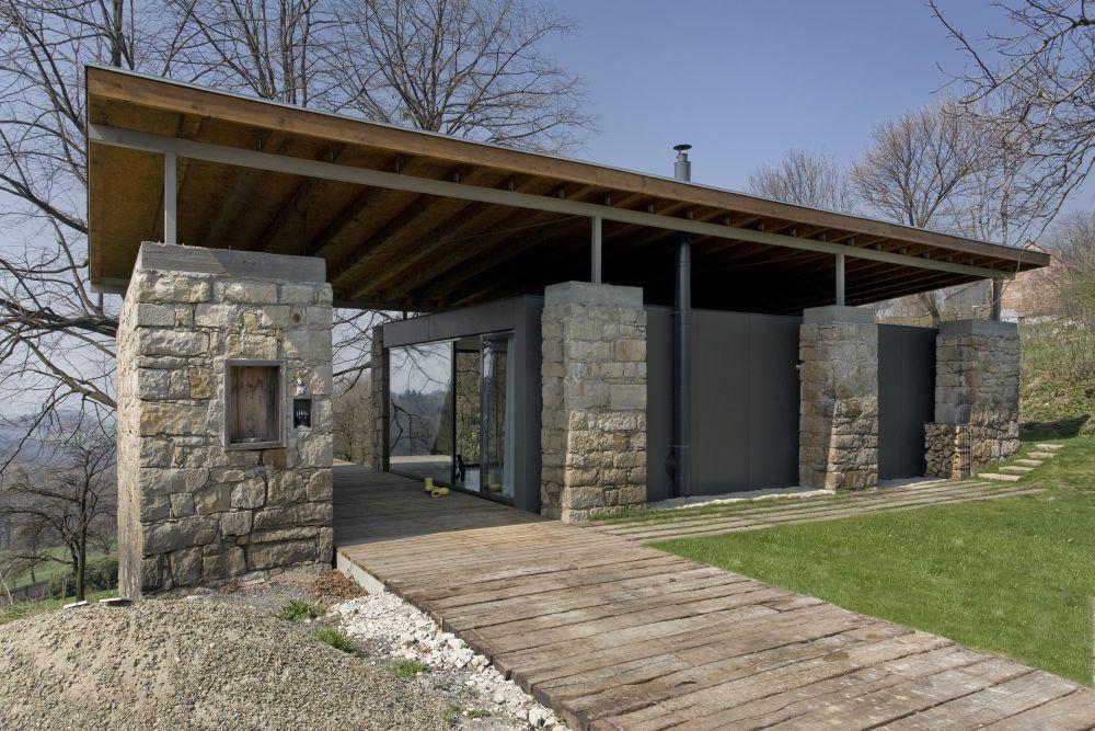 Stavbaweb.cz – Přestavba stodoly na rodinný dům