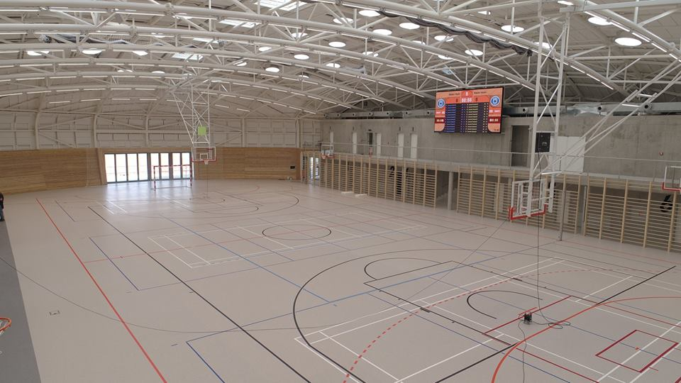 7814898eb44 Sportovní hala v Dolních Břežanech (zdroj foto  Facebook   Dolní Břežany)