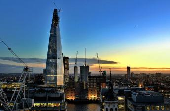 The Shard - v prosinci 2011 (zdroj: Wikipedie / autor: Christopherblack30)