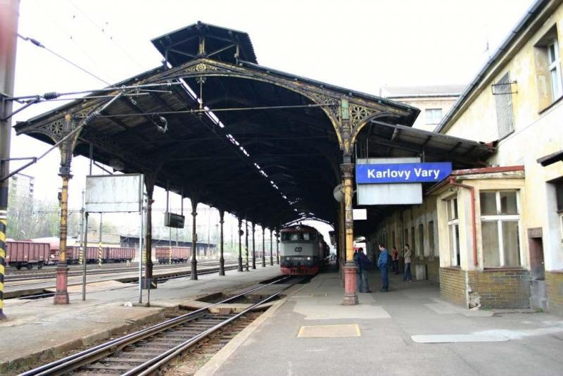 Karlovarské horní nádraží, foto: Jan Šedivý (zdroj: http://www.zelpage.cz/zpravy/7886)