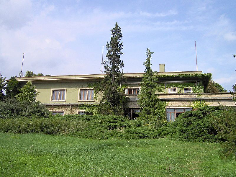 Vila Stiassny (Vládní vila), Brno, ulice Hroznová (zdroj: Wikimedia Comons / autor: Harold)