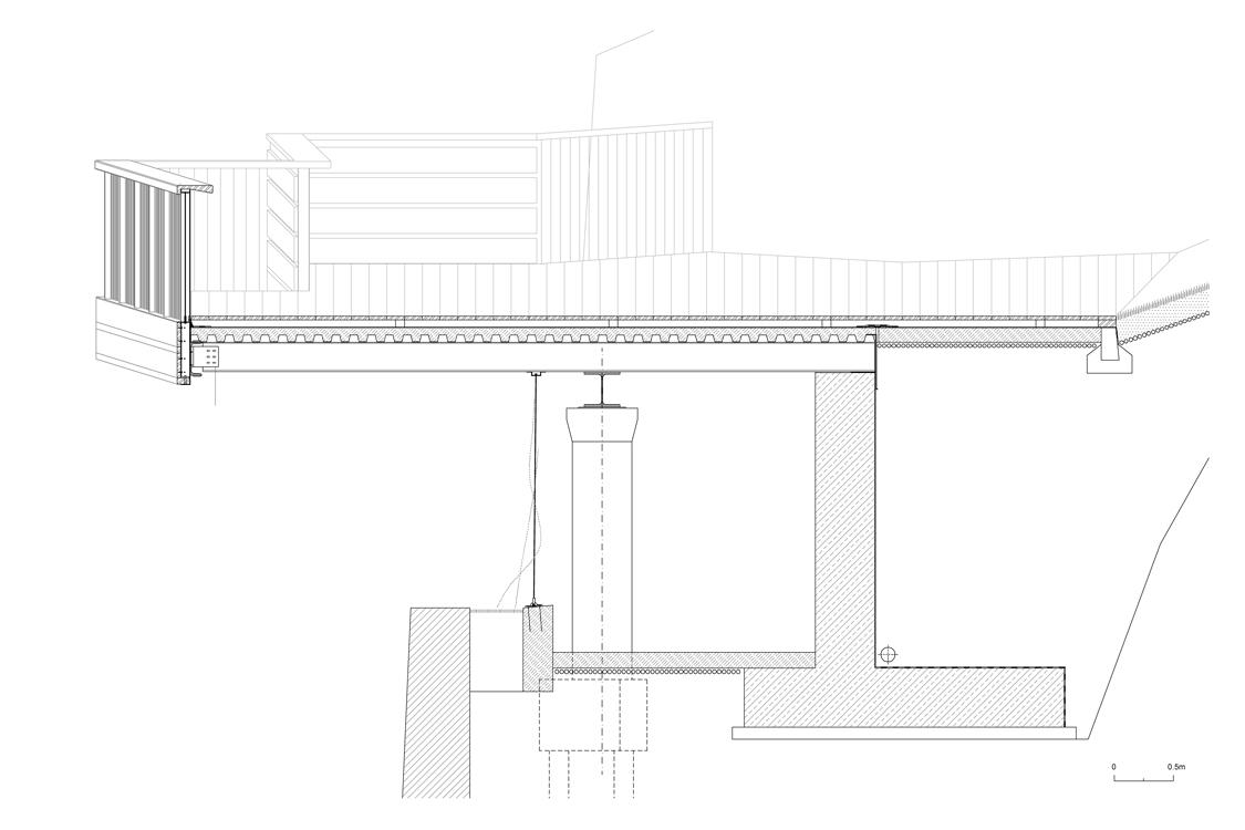 Vlevo) detail terasy s ocelovými lany (vpravo) detail terasy s