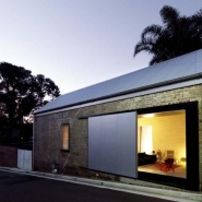 Richard Peters Associates: Bouda (The Shed)
