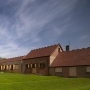 Stephen Marshall Architects: Rothschildova nadace ve Windmill Hill, Buckinghamshire (VB)