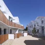 Tetrarc Architects: Mervau housing v Saint-Gilles Croix de Vie